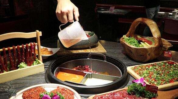 火锅、串串、凉粉…昆明人的胃,跟着气温走~