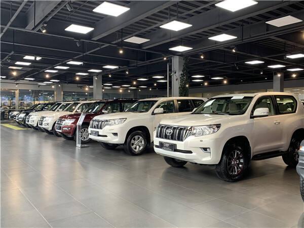 """汽车销售迎来小""""高峰"""" 西山区碧鸡街道促企起暖回升"""