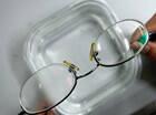 眼镜片涂肥皂水可防雾