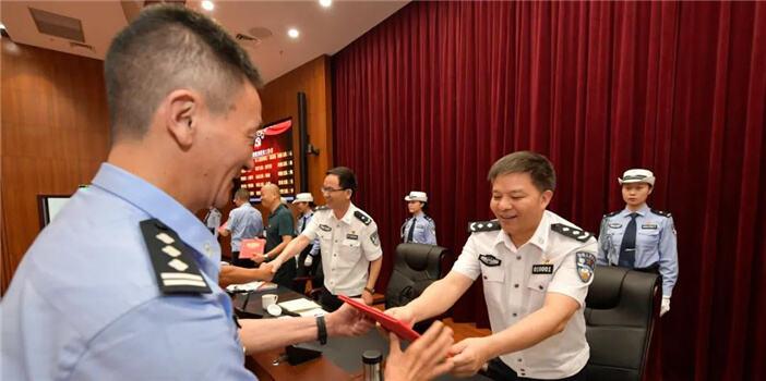 昆明市公安局召开全市公安机关庆祝中国共产党建党99周年大会